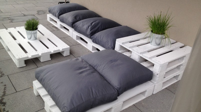Садовая мебель из паллетов